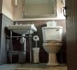 Lenne double en-suite room toilet