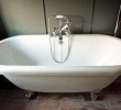 Regis super-king en-suite roll top bath
