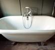 Regis super-king en-suite roll top bath