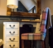 Regis super-king en-suite dressing table